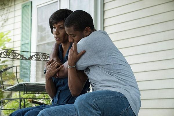 CHARMIN LEE as Alice Stevenson and MICHAEL B. JORDAN as Bryan Stevenson in Warner Bros. Pictures' drama JUST MERCY.